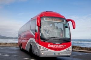 Expressway bus